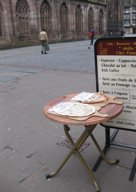 Tarte flambee, Place de la Cathedrale