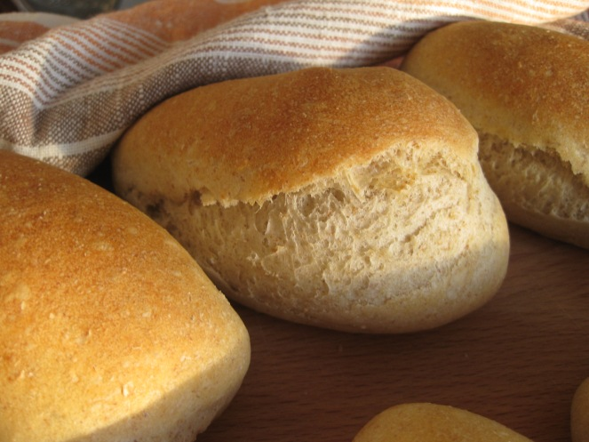 French Rolls - Petits Pain
