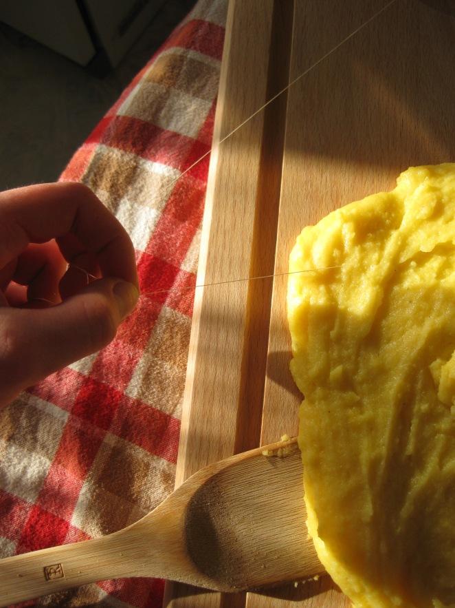 cutting polenta with a cord