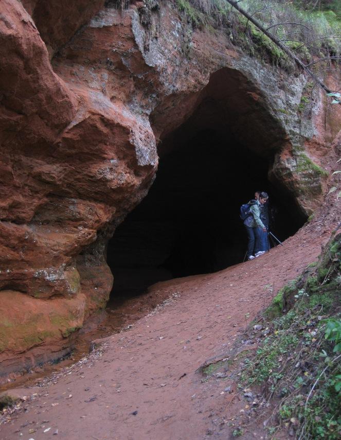 Caves near Rozhdestveno