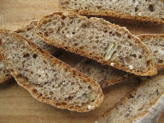 Whole Grain Rye Rolls