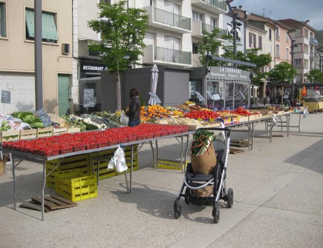 Market in Tain