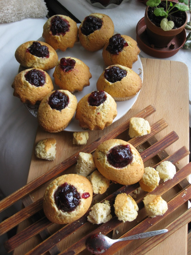 Jelly Doughnut Muffins from www.confessionsofacookbookqueen.com