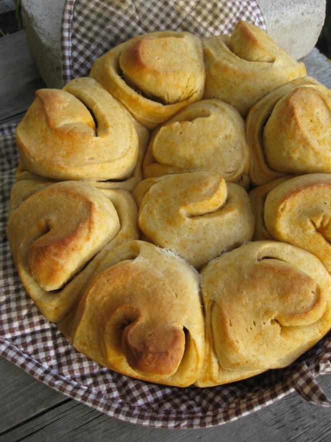 Buttery Sourdough Buns from www.kingarthurflour.com