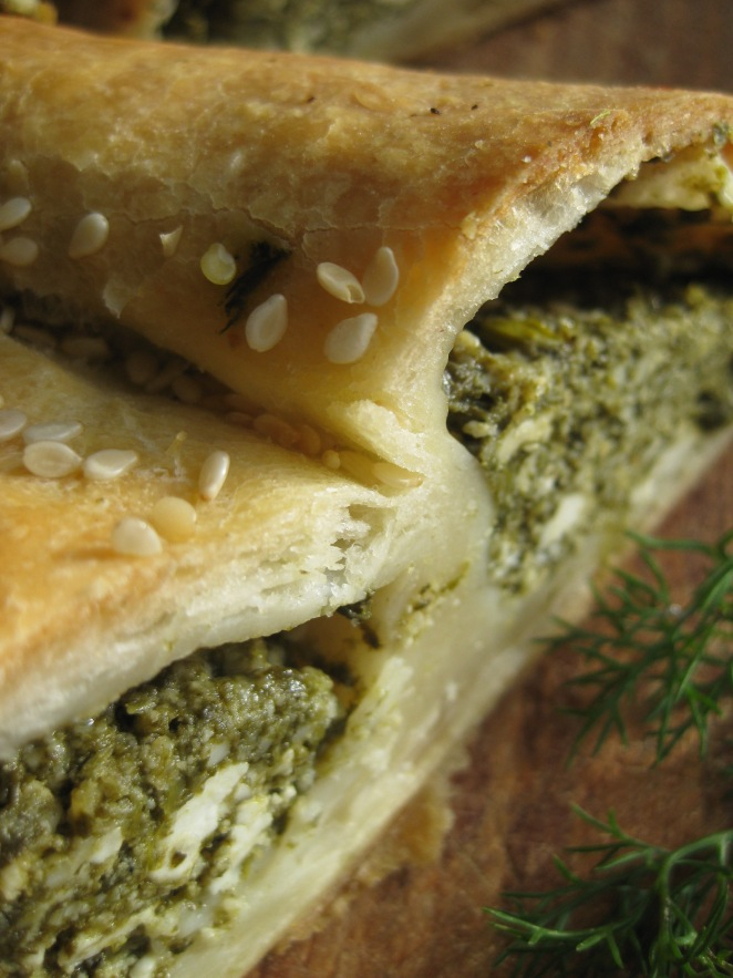 Spinach Cheese Rolls from www.argiro.gr