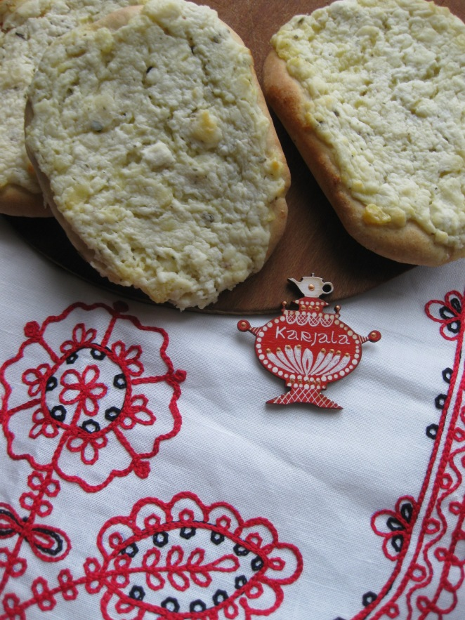 Koloby, Karelian Pies with Cheese and Potatoes