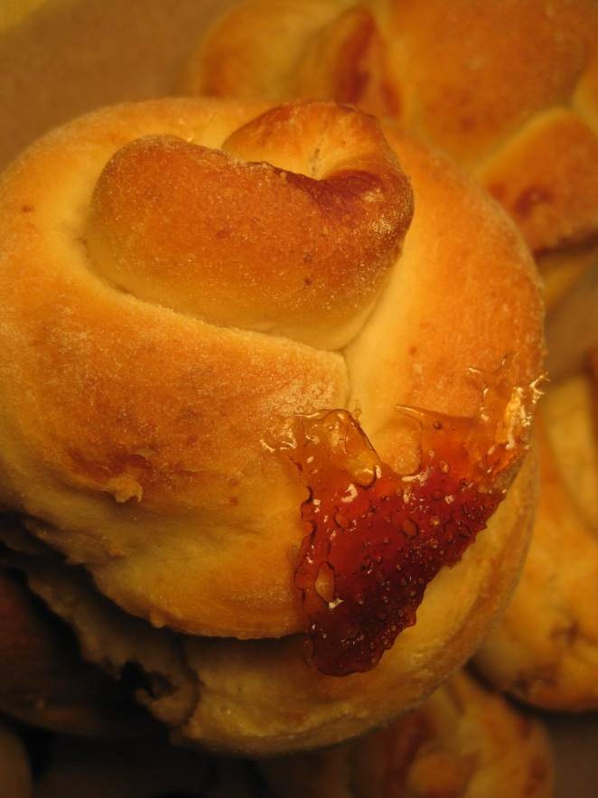 Sugary Knots by My Babushka