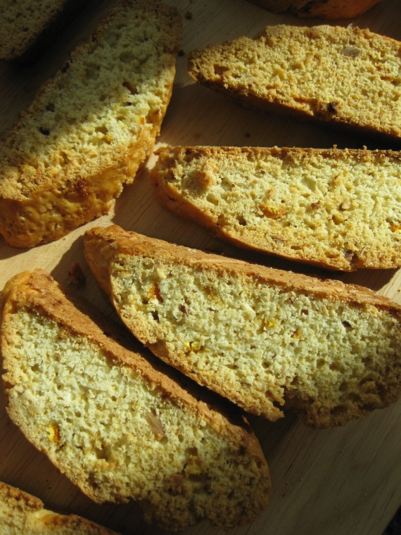 Almond Biscotti from smittenkitchen.com