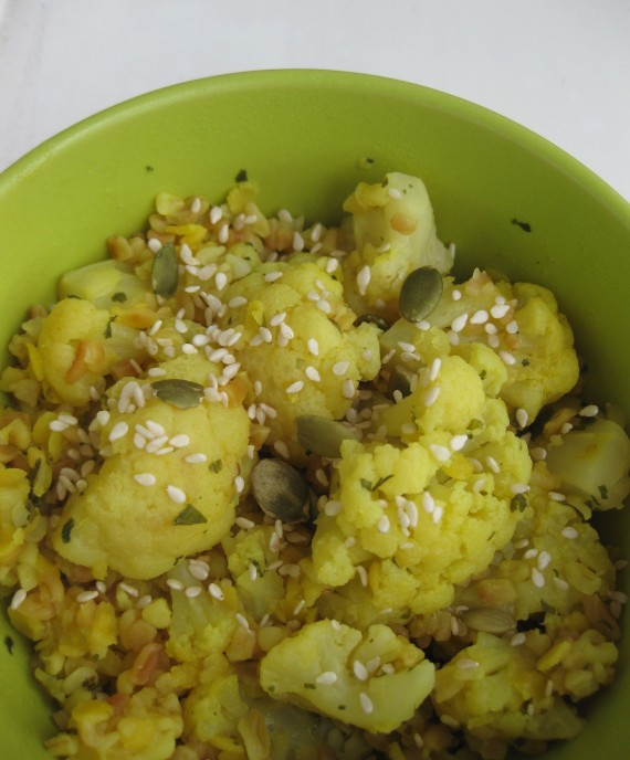 Yellow Lentils with Bulgur and Cauliflower