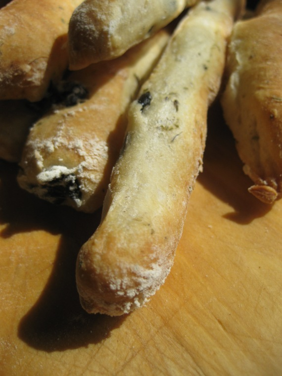 Olive bread sticksfrom cookmegreek.blogspot.com