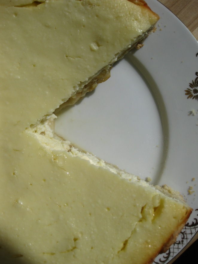 Russian-style Pear Cheesecake